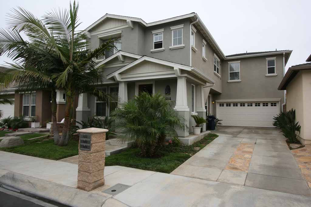 5252 Acorn Drive, Huntington Beach