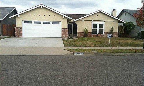 916 Mackenzie Place, Costa Mesa