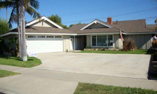 2042 Calvert Ave, Costa Mesa, CA 92626
